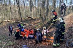 02-2020.04.12.-Verletztenrettung-Am-Karlsberg